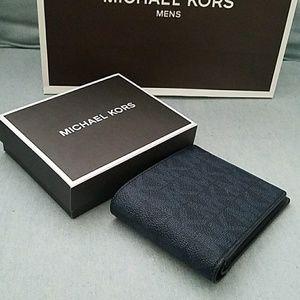 a2fe97d19df8 michael kors Bags | New Box Billfold Wallet Men Authentic Mk Michael ...